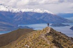Manställning på maximumet för Roy ` s, Wanaka, Nya Zeeland Fotografering för Bildbyråer