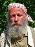 manstående för 9 skägg Arkivfoto
