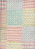 Manta en colores pastel 2 del ganchillo del bebé Fotos de archivo libres de regalías