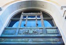 Manteau des bras australien en bronze Patinated, Perth, Australie occidentale photo libre de droits