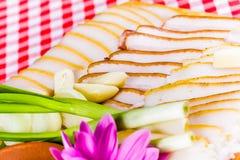 Manteca de cerdo salada con ajo y la cebolla Fotografía de archivo