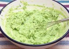 Manteiga com ervas imagens de stock