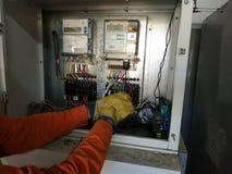 manteniance elétrico corretivo imagens de stock