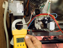 Mantenimiento de la calefacción del horno Imagen de archivo libre de regalías