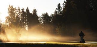 Mantenimiento del campo de golf Imagen de archivo libre de regalías