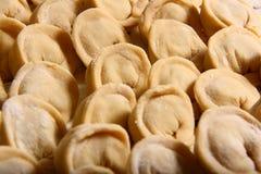 Manti van de ravioli op lijst Royalty-vrije Stock Foto