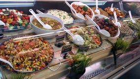 Mantimentos em IGA Supermarket Imagens de Stock