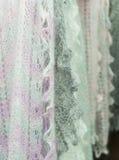 Mantón de las lanas de las mujeres del paño Imagen de archivo libre de regalías
