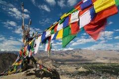 Mantra vlaggen, Leh Paleis, Stad Leh Royalty-vrije Stock Foto