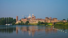 Mantua horisont av stadshemmet av Gonzaga Dinasty arkivbild