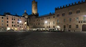 Mantua Lombardia Italia Europa di notte del quadrato di Sordello Fotografia Stock