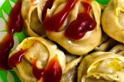 Manty, mantu или buze, позиции - традиционное мясное блюдо  Стоковые Фотографии RF