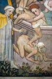 Manty Roszują, narzucający Grodowy datować z powrotem xiii wiek który wzrasta wokoło czterdzieści kilometrów od Turyn - fresk, obrazy royalty free