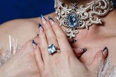 Manucures et bijoux photos stock