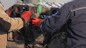 Manuel d'ensemble de moteur Assemblée de moteur diesel de camion banque de vidéos