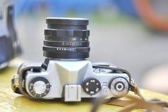 Manuell kamera, tappning Lens, Zenit TTL, tappningkamera, Lomo, USSR-kamera, Retro film Arkivbilder