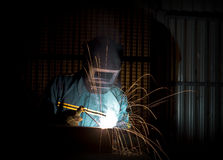 manuell welderarbetare Arkivfoto
