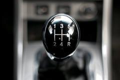 Manuelles Getriebe im Auto Lizenzfreie Stockbilder
