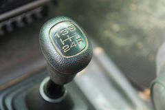 Manuelles Getriebe im Auto Stockfoto