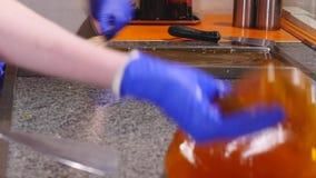 Manufaktura karmel cukierki, porywający karmel zbiory wideo
