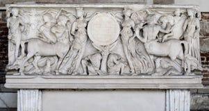 Manufatto della tomba in campo Santo (Pisa, campo dei miracoli) Fotografie Stock Libere da Diritti