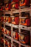 Manuscriptenfolio's in Tibetaans Boeddhistisch klooster stock fotografie