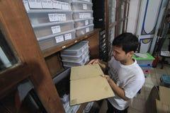 Manutenção de manuscritos antigos da herança fotos de stock