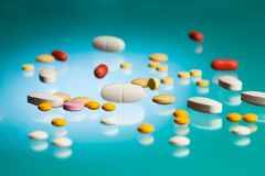 Many different pills and tablets in the lab Royalty Free Stock Photos
