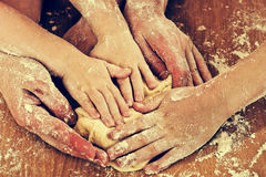 Free Many Hard-working Hands Royalty Free Stock Images - 30394719