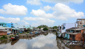 Free Many Houses Located On The River Bank In Ben Tre, Southern Vietnam Royalty Free Stock Image - 74397626