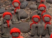 Free Many Jizo With Red Hat Royalty Free Stock Image - 39314176