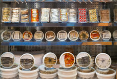 Many packed cool fish provision on shop shelf Royalty Free Stock Photography