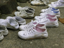 Many pairs of white sneaker Royalty Free Stock Photography