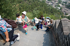 Many tourists on the Great Wall of China Royalty Free Stock Photography