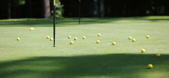 Free Many Yellow Balls Royalty Free Stock Images - 11055249