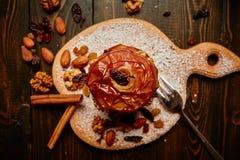 Manzana cocida al horno Fotografía de archivo libre de regalías