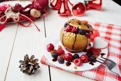 Manzana cocida al horno Imagen de archivo libre de regalías