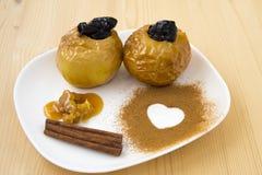 Manzana cocida con la miel Imagen de archivo libre de regalías