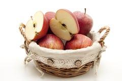 Manzana partida en dos Foto de archivo