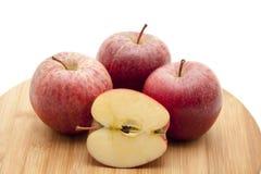 Manzana partida en dos Foto de archivo libre de regalías