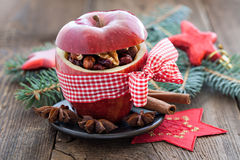 Manzana roja con el arco Foto de archivo