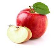 Manzana roja con la rebanada fotos de archivo
