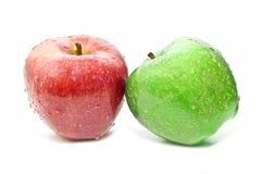 Manzana roja y manzana del verde Imagenes de archivo