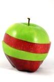 Manzana roja y verde rebanada Fotos de archivo