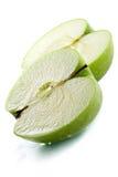 Manzana verde mojada imagen de archivo libre de regalías