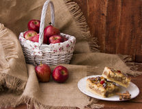Manzana y dulce rojos Imagenes de archivo