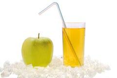 manzana y jugo Imágenes de archivo libres de regalías