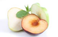 Manzana y menta de la pera del ciruelo Fotografía de archivo