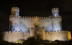 Manzanares EL το πραγματικό Castle τη νύχτα, Μαδρίτη Ισπανία Στοκ Εικόνες