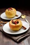 Manzanas cocidas rellenas Imagen de archivo libre de regalías